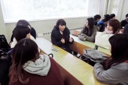 他学年との交流 -経験を伝えることでの学び合い-(保育士コース)