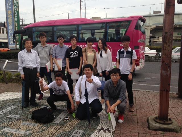 企業訪問で「株式会社丸和運輸機関」へ(高田ゼミ)