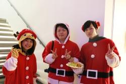 新松戸学生会主催のクリスマスパーティーを開催しました