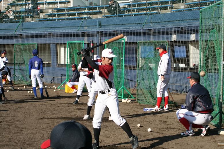 硬式野球部による野球教室が開催されました