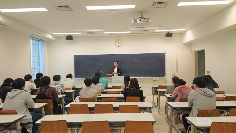 3年澤海ゼミの活動③ ~先輩7人とともに就職活動について考える~