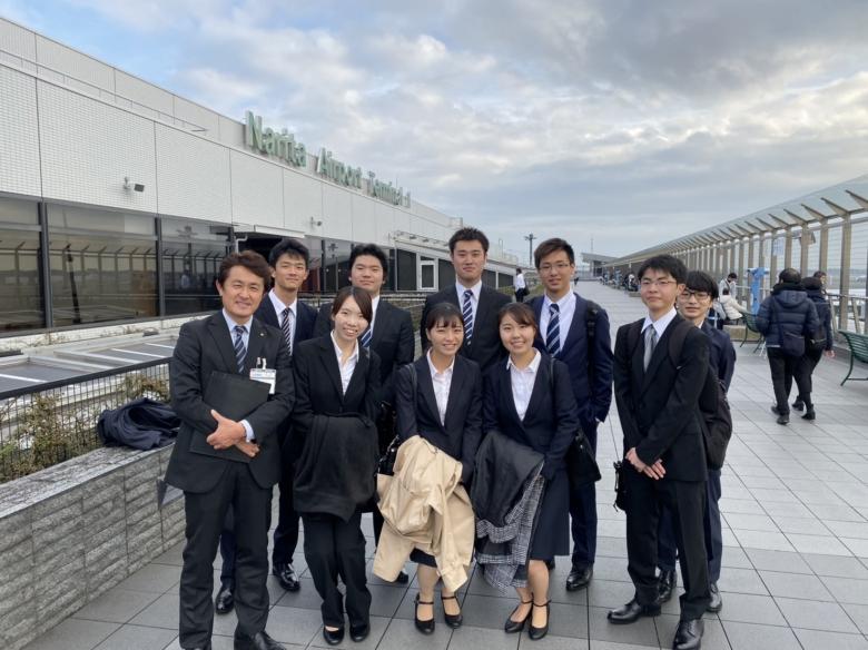 2年山崎ゼミ 活動報告【企業訪問・成田空港を見学】