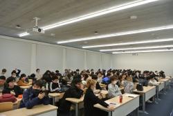 社会学科卒論発表会を開催